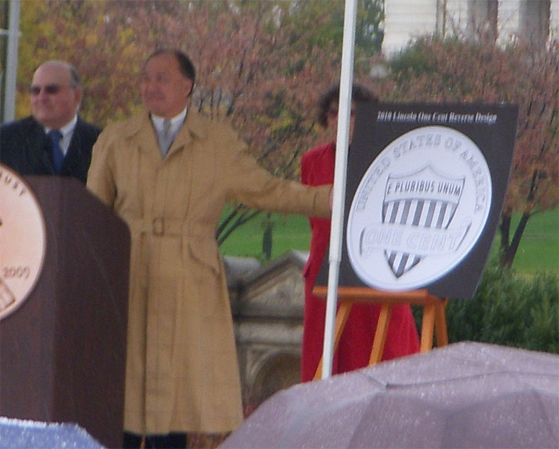 Director Moy unveiling the 2010 Lincoln cent reverse design