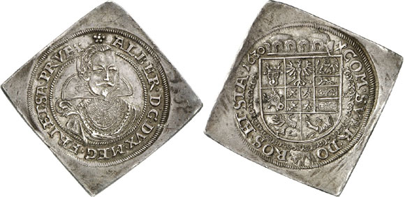 Germany / Albrecht von Wallenstein, 1623-1634. 1/2 reichsthalerklippe 1630, Sagan. Of utmost rarity. Extremely fine. Estimate: 20,000 euros. Hammer price: 130,000 euros.