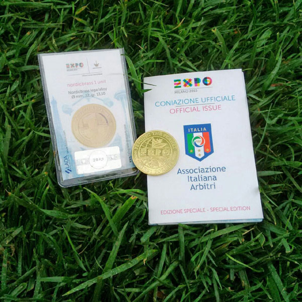 Y-soccer-medal-and-folder