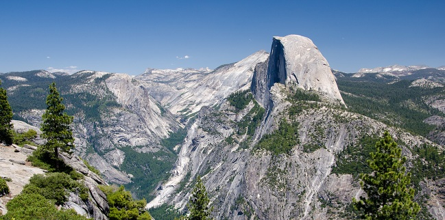 Yosemite_Valley_Half_DomeSMALL