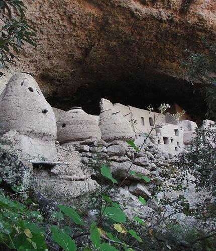 800px-Cueva_de_las_Jarillas CC Luis SierraSMALL