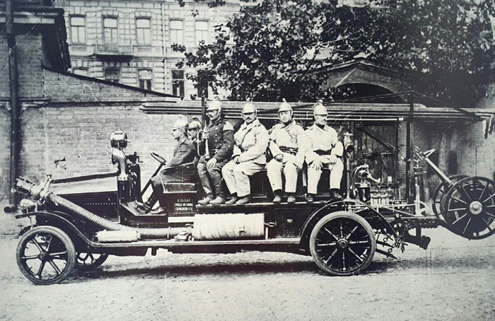 Kiev's first fire engine, long gone, is remembered in this photo.