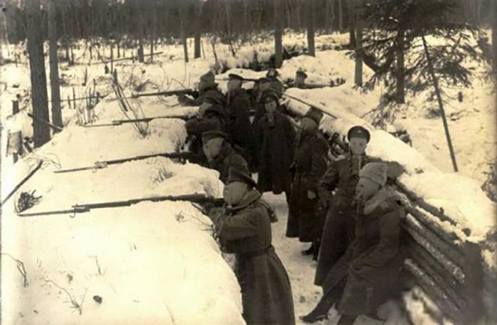 Latvian Riflemen in the trenches during Christmas Battles. (Wikipedia photo)
