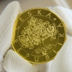 Czech Republic: Centenary of independence celebrated with new gold crown coin